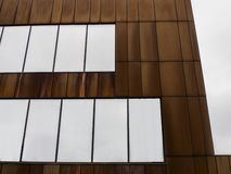 διακοσμητικός τοίχος φιαγμένος από μέταλλο στοκ φωτογραφίες με δικαίωμα ελεύθερης χρήσης