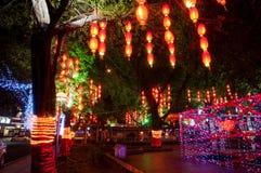 Διακοσμητικός φωτισμός στην οδό στοκ εικόνα