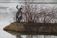 Διακοσμητικό νησί στη λίμνη στο πάρκο νίκης, Άγιος Πετρούπολη, Ρωσία, Ευρώπη Στοκ φωτογραφίες με δικαίωμα ελεύθερης χρήσης