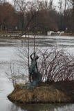Διακοσμητικό νησί στη λίμνη στο πάρκο νίκης, Άγιος Πετρούπολη, Ρωσία, Ευρώπη Στοκ εικόνες με δικαίωμα ελεύθερης χρήσης