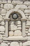 Διακοσμητικό παράθυρο της τεκτονικής ασβεστόλιθων στοκ εικόνες