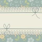 Διακοσμητικό πλαίσιο δαντελλών με τα τόξα και τα λουλούδια Στοκ εικόνα με δικαίωμα ελεύθερης χρήσης