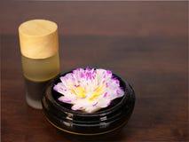 Διακοσμητικό σαπούνι και aromatherapy πετρέλαιο Στοκ Φωτογραφία