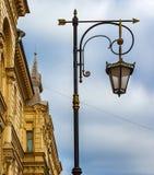 Διακοσμητικό φανάρι στο ιστορικό μέρος της Αγίας Πετρούπολης Στοκ φωτογραφία με δικαίωμα ελεύθερης χρήσης
