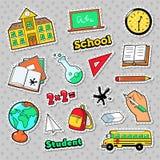 Διακριτικά σχολείου και εκπαίδευσης, μπαλώματα, αυτοκόλλητες ετικέττες με τα βιβλία, σφαίρα και σακίδιο πλάτης διανυσματική απεικόνιση