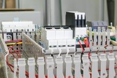 Διακόπτης, ηλεκτρονόμος, έλεγχος φάσης, στο artboard Στοκ φωτογραφία με δικαίωμα ελεύθερης χρήσης