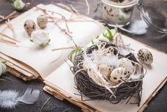 Διακόσμηση αυγών Πάσχας Στοκ Φωτογραφίες