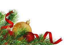 Διακόσμηση γωνιών Χριστουγέννων με τους κλαδίσκους και τις σφαίρες πεύκων στοκ φωτογραφία με δικαίωμα ελεύθερης χρήσης