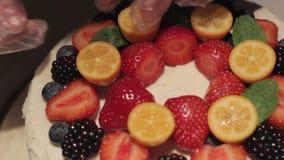 Διακόσμηση κέικ φραουλών μούρων φιλμ μικρού μήκους
