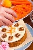 διακόσμηση καρότων καρότων κέικ Στοκ φωτογραφίες με δικαίωμα ελεύθερης χρήσης