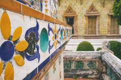 Διακόσμηση κινηματογραφήσεων σε πρώτο πλάνο Wat Arun, Μπανγκόκ, Ταϊλάνδη Στοκ Εικόνες
