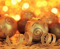 Διακόσμηση μπιχλιμπιδιών χριστουγεννιάτικων δέντρων και διακόσμηση αστεριών Στοκ φωτογραφίες με δικαίωμα ελεύθερης χρήσης