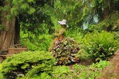 Διακόσμηση λουλουδιών στον κήπο Στοκ Φωτογραφία