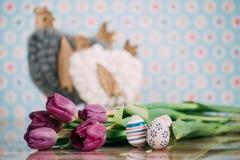 Διακόσμηση Πάσχας με τα χρώματα κρητιδογραφιών Στοκ φωτογραφίες με δικαίωμα ελεύθερης χρήσης