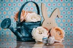 Διακόσμηση Πάσχας με τα χρώματα κρητιδογραφιών Στοκ Φωτογραφίες