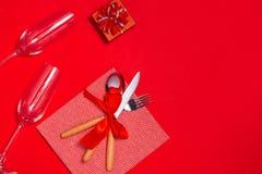 Διακόσμηση ρύθμισης πιάτων γευμάτων Χριστουγέννων επάνω από την όψη Στοκ εικόνα με δικαίωμα ελεύθερης χρήσης