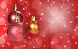 Διακόσμηση σφαιρών Χριστουγέννων στο αφηρημένο υπόβαθρο bokeh στοκ φωτογραφία