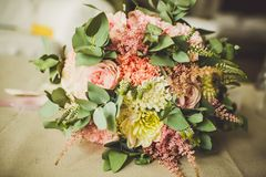 Διακόσμηση των γαμήλιων λουλουδιών Στοκ φωτογραφίες με δικαίωμα ελεύθερης χρήσης