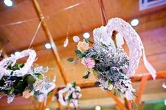 Διακόσμηση των λουλουδιών στη δεξίωση γάμου, floral διακόσμηση Στοκ Εικόνες