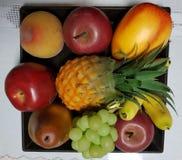 διακόσμηση φρούτων με ποικίλα χρώματα Στοκ Εικόνες