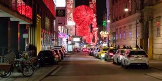 : Διακόσμηση φωτεινών σηματοδοτών Χριστουγέννων στη Βιέννη, Αυστρία στοκ εικόνα