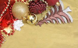 Διακόσμηση Χριστουγέννων, πεύκα σφαιρών και δέντρο στο πρότυπο εμβλημάτων Στοκ Εικόνα