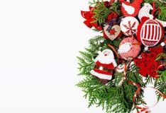 Διακόσμηση Χριστουγέννων που απομονώνονται, άσπρο υπόβαθρο για την κάρτα γ στοκ φωτογραφίες