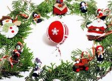 Διακόσμηση Χριστουγέννων που απομονώνονται, άσπρο υπόβαθρο για τον τρύγο δώρων καρτών στοκ εικόνα