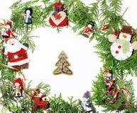 Διακόσμηση Χριστουγέννων που απομονώνονται, άσπρο υπόβαθρο για τον τρύγο δώρων καρτών στοκ φωτογραφία με δικαίωμα ελεύθερης χρήσης