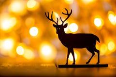Διακόσμηση Χριστουγέννων στην ξύλινη ανασκόπηση στοκ φωτογραφίες με δικαίωμα ελεύθερης χρήσης