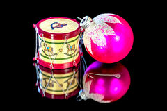 Διακόσμηση χριστουγεννιάτικων δέντρων και σφαίρα γυαλιού Στοκ φωτογραφίες με δικαίωμα ελεύθερης χρήσης