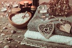 Διακόσμηση Wellness, έννοια SPA σε Valentine& x27 ημέρα του s Στοκ φωτογραφία με δικαίωμα ελεύθερης χρήσης