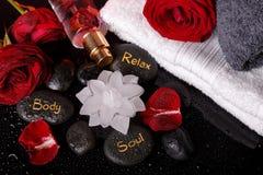 Διακόσμηση Wellness, έννοια SPA σε Valentine& x27 ημέρα του s Στοκ Φωτογραφία
