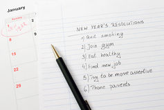 Διαλύσεις και ημερολόγιο του νέου έτους Στοκ φωτογραφία με δικαίωμα ελεύθερης χρήσης