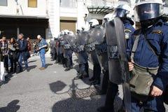 Διαμαρτυρία αντι-αυστηρότητας στις άκρες της Αθήνας με τις δευτερεύουσες διαφωνίες κλίμακας στοκ εικόνα