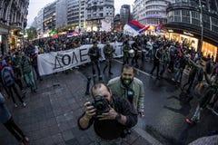 Διαμαρτυρία ενάντια στην εκλογή αρχαιότερου Aleksandar Vucic ως Πρόεδρο, Βελιγράδι στοκ φωτογραφία