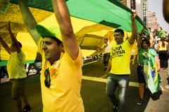 Διαμαρτυρία στις 12 Απριλίου 2015 São Paulo οδών της Βραζιλίας Στοκ Φωτογραφίες