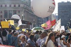 Διαμαρτυρία των δασκάλων ενάντια στη μεταρρύθμιση κοινωνικής ασφάλισης Σάο της Βραζιλίας Paulo Στοκ Εικόνα