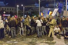 Διαμαρτυρίες ενάντια στη χρυσή εξαγωγή κυανιδίου σε Rosia Μοντάνα στοκ εικόνα