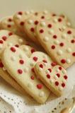 Διαμορφωμένα καρδιά μπισκότα Στοκ εικόνες με δικαίωμα ελεύθερης χρήσης