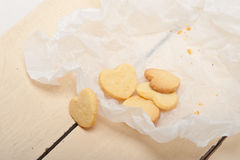 Διαμορφωμένα καρδιά μπισκότα βαλεντίνων κουλουρακιών στοκ εικόνες
