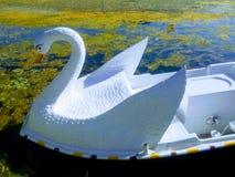 Διαμορφωμένη πάπια βάρκα στοκ φωτογραφίες