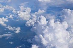Διαμορφωμένο βαμβάκι cumulonimbus σύννεφο από το αεροπλάνο Στοκ Φωτογραφίες