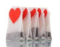 διαμορφωμένο ετικέτες τσάι καρδιών τσαντών κενό Στοκ φωτογραφία με δικαίωμα ελεύθερης χρήσης
