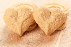 Διαμορφωμένο καρδιά μπισκότο Στοκ φωτογραφία με δικαίωμα ελεύθερης χρήσης