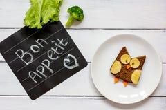 Διαμορφωμένο κουκουβάγια σάντουιτς προγευμάτων παιδιών ` s bon appetit Στοκ Εικόνες