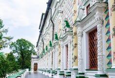 Διαμορφωμένο Refectory διακοσμήσεων τοίχων, τριάδα-Sergius Lavra τριάδα του ST sergius της Ρωσίας μοναστηριών posad sergiev Στοκ φωτογραφία με δικαίωμα ελεύθερης χρήσης