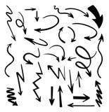 Διανυσματικά αφηρημένα μαύρα συρμένα χέρι βέλη καθορισμένα Απεικόνιση του χειροποίητου διανυσματικού συνόλου βελών σκίτσων Grunge απεικόνιση αποθεμάτων