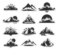 Διανυσματικά εικονίδια βουνών που απομονώνονται στο λευκό Στοκ φωτογραφίες με δικαίωμα ελεύθερης χρήσης