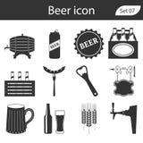 Διανυσματικά εικονίδια μπύρας καθορισμένα - μπουκάλι, γυαλί, πίντα στοκ φωτογραφία με δικαίωμα ελεύθερης χρήσης